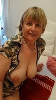 oma sex adressen escort service hotel